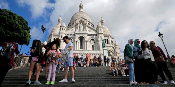 Quelque 500.000 emplois sont liés au tourisme en Ile-de-France, ce qui en fait la plus grosse industrie de la région.