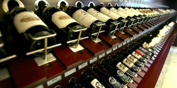 Les Etats-Unis restent le premier importateur de vin français en volume en 2015.