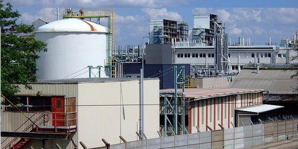 L'usine Arkema de Pierre-Bénite, au coeur de la Vallée de la chimie