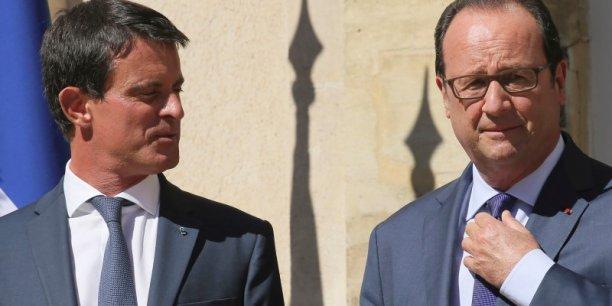 Taxer les CDD ou pas? Manuel Valls et François Hollande ont décidé de prendre leur temps avant de prendre une décision aux conséquences politiques et économiques importantes.