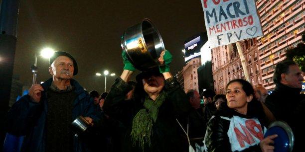Le 14 juillet dernier (photo), des Argentins manifestaient déjà à Buenos Aires contre la hausse des prix du gaz et de l'électricité.