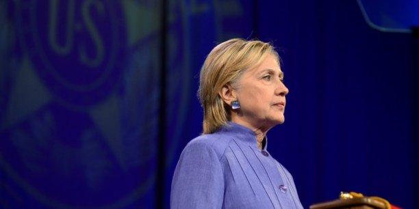 Hillary Clinton s'était déclarée ravie de l'échec de la fusion entre Pfizer et Allergan.