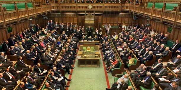 Les tensions autour du Brexit se ravivent au Parlement britannique.