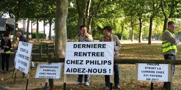 Les salariés de l'usine de la Motte-Beuvron se sont rendus à Orléans le 1er septembre pour interpeller le Président de la République sur leur situation.
