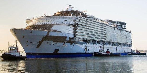 Les chantiers navals STX sont notamment spécialisés dans la construction de gigantesques paquebots de croisière.