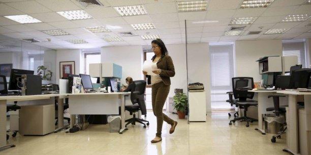 Femme, entreprise, bureau, diversitE, mixitE, paritE femmes-hommes, discrimination, salaire, EgalitE salariale, open space,