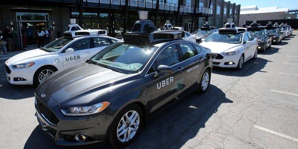 Uber vient de se lancer sa flotte de Ford Fusion autonomes à Pittsburgh.