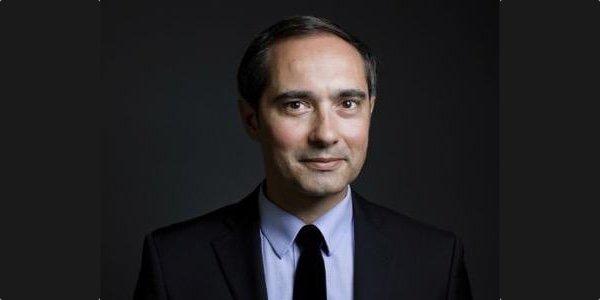 Robin Devogelaere, Enseignant à Science Po Paris et directeur de la communication d'Enedis