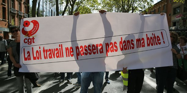 Les manifestants exigent l'abrogation de la loi Travail