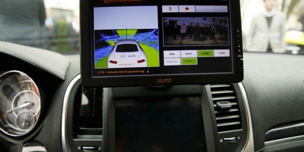 voitures connect es semi autonomes allianz mise sur l 39 auto de l 39 avenir. Black Bedroom Furniture Sets. Home Design Ideas