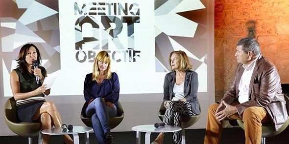 Les intervenants de la 1e table-ronde, animée par P. Cayla (à gauche) : S. Mulliez, A. Hindry et G. Bru
