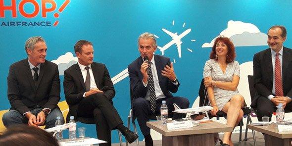 De gauche à droite : P. Saurel (M3M), E. Brehmer (aéroport), Y. Gagey (Air France), M.-T. Mercier (Région) et L. Guérin (HOP!)