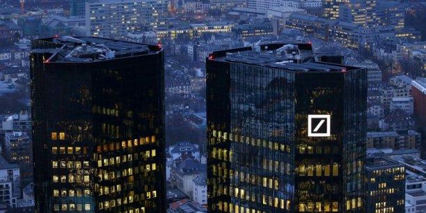 La plus grande banque d'Allemagne est un nouveau casse-tête pour Angela Merkel
