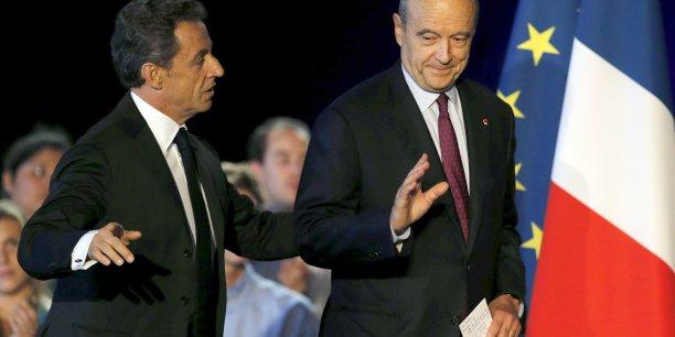 Grâce à de bons reports d'intentions de vote pour d'autres candidats au premier tour, Alain Juppé continuerait de l'emporter au second tour (56 % contre 44 %)