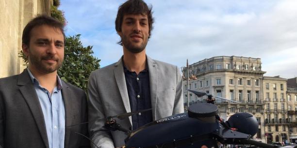 Gregoire Linard et Antoine Lecestre présentent Ypax, le premier drone de surveillance 100 % autonome.
