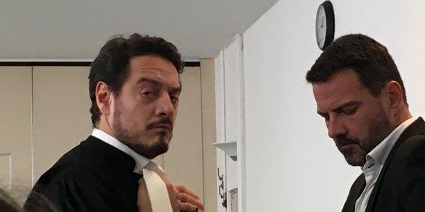 Me David Koubbi (à gauche) et son client Jérôme Kerviel à la cour d'appel de Versailles vendredi 23 septembre 2016. (Crédit : DC)