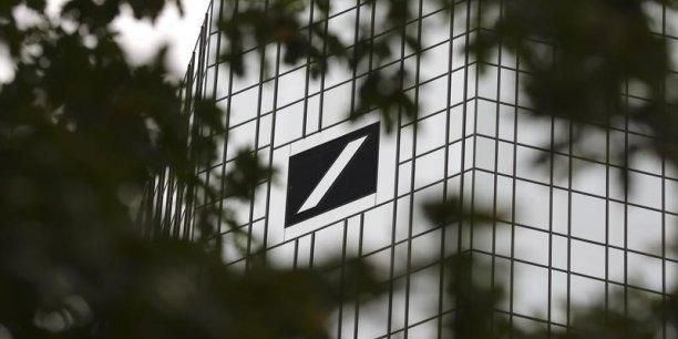 Si la Deutsche Bank entre en crise, les autres grandes banques de marché n'en sortiront pas indemnes. L'imbrication des engagements est immense dans la situation actuelle. C'est ce que redoute désormais le marché.