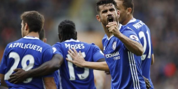 Selon la presse anglaise, le montant du contrat entre les blues de Chelsea et Nike approcherait les 60 millions de livres par saison.