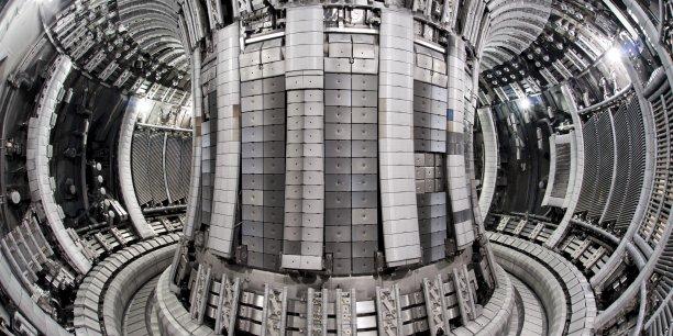 Le Tokamak siège de la fusion thermonuclèaire.