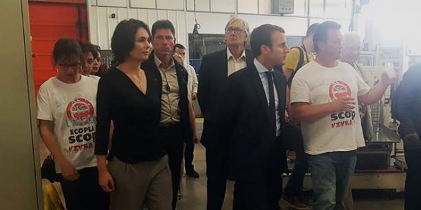 Emmanuel Macron, lors de sa venue sur le site d'Ecopla, le 30 septembre dernier.