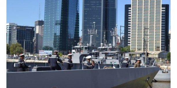 DCNS a proposé quatre OPV Gowind, qui seraient en partie fabriqués en partenariat avec Piriou à Concarneau dans le cadre de Kership, leur filiale commune. Deux des quatre navires de guerre seraient construits par le chantier naval argentin de Tandanor, basé dans le port de Buenos Aires.