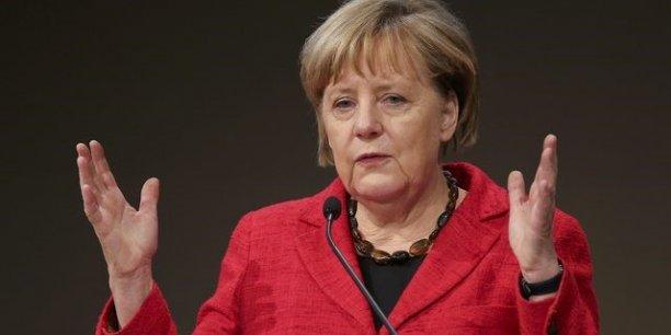 Angela Merkel a annoncé une baisse d'impôts de 0,2 % du PIB sur les deux prochaines années.
