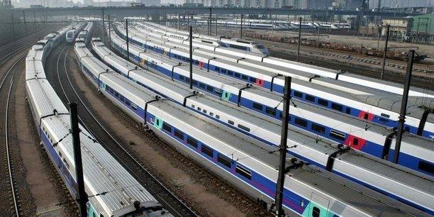 Les tarifs payés en France sont très largement inférieurs à la moyenne européenne. Nous sommes obligés d'avoir un rattrapage, puisque l'Europe exige qu'il y ait un prix qui corresponde à ce que ça coûte, a expliqué le secrétaire d'Etat aux Transports, Alain Vidalies.