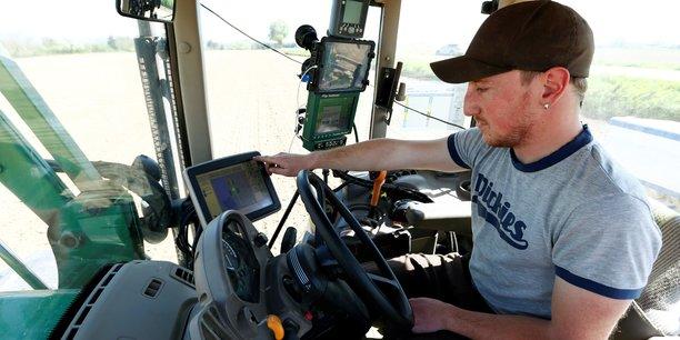 L'infrastructure haut débit est le point le plus important, tous les agriculteurs devraient être connectés à Internet, insiste Martin Merrild.