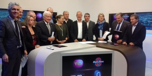 Directeurs de chaînes, élus et parlementaires locaux ont soutenu l'action lancée par TL7.