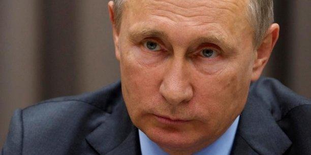 Les deux pays ont également signé un accord de principe sur la fourniture par Moscou d'un système de défense antiaérien sophistiqué, sur lequel aucun détail n'a été fourni.