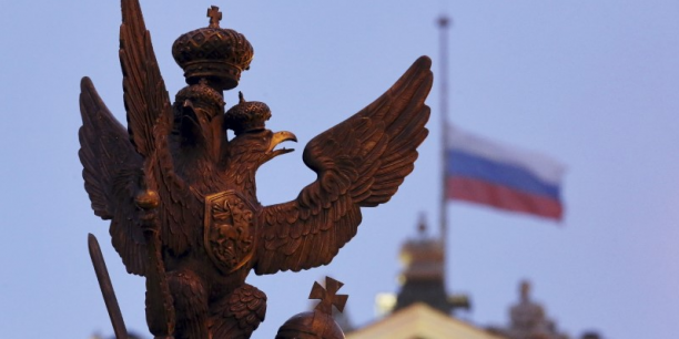 La tension croissante entre Moscou et l'Occident (et avec Paris en particulier, depuis l'annulation de la visite de Vladimir Poutine à Paris prévue pour le 19 octobre) devrait peser sur les résultats des groupes français sur le marché russe.