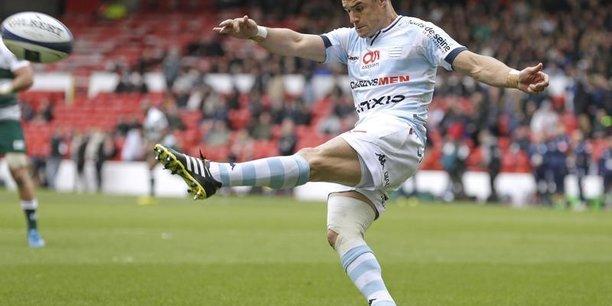 Dan Carter, l'international néo-zélandais de rugby fait des nombreux athlètes étrangers qui soutiennent la candidature de Paris pour l'organisation des Jeux olympiques et paralympiques d'été en 2024.