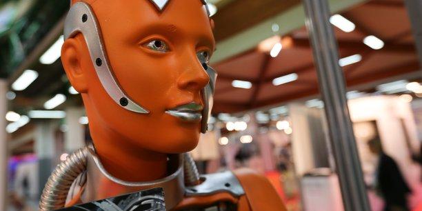 Le robot ne fait pas tout, c'est en substance le message que veulent faire passer les industriels à l'occasion de la 14e édition du salon Siane.