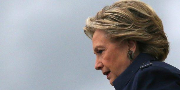 Hillary Clinton affaiblie par les différentes affaires d'emails