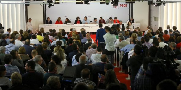 Les Socialistes espagnols soutiendront indirectement Mariano Rajoy.
