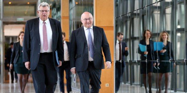 Christian Eckert, le secrétaire d'Etat au Budget, et Michel Sapin, le Ministre de l'Economie et des Finances, avaient saisi l'administration fiscale dès le prononcé de l'arrêt de la cour d'appel de Versailles déclarant l'ex-trader partiellement responsable.