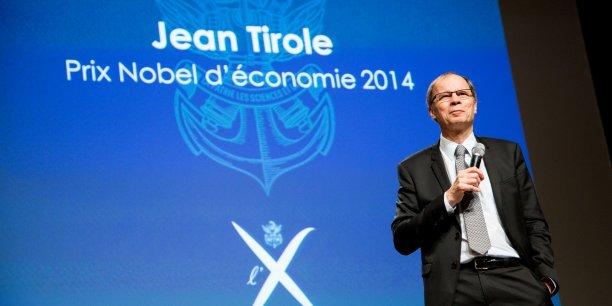 L'économiste français Jean Tirole a reçu le prix Nobel d'économie en 2014 pour son « analyse de la puissance du marché et de la régulation ». Ce polytechnicien (X promotion 1973) est également président de la Toulouse School of Economics (TSE). (Ici, en photo, le 28 septembre 2015, lors d'une conférence à l'Ecole polytechnique Université Paris-Saclay.)
