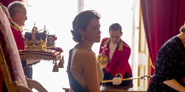 Le coût de production de The Crown, série historique retraçant les jeunes années d'Elizabeth II, est estimé à 130 millions de dollars pour Netflix.