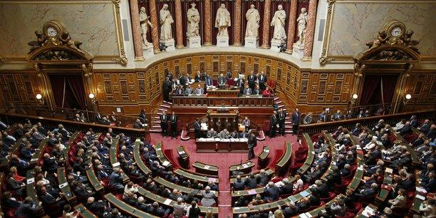 Le texte va à présent faire l'objet d'une commission mixte paritaire pour trouver un accord entre Assemblée et Sénat. En cas de désaccord, les députés auront le dernier mot.