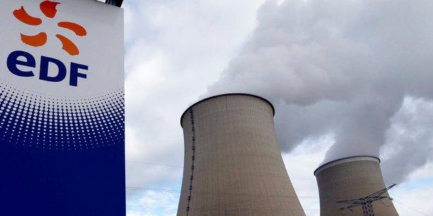 En volume, la perte de production est évaluée entre 29 et 36 TWh, qu'EDF aurait pu écouler entre 30 et 32 euros par mégawattheure, explique Les Echos.