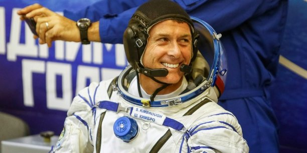 Avant son départ, Shane Kimbrough avait déclaré qu'il serait ravi de souhaiter la bienvenue au nouveau président, quel qu'il soit, les astronautes étant pour la plupart apolitiques selon lui.