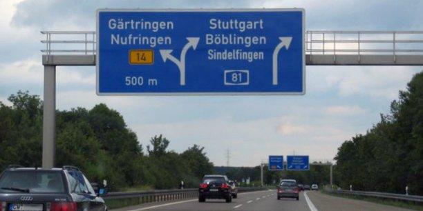 Les autoroutes allemandes constituent le deuxième réseau mondial après celui des Etats-Unis. Elles génèrent 4 milliards d'euros de recettes fiscales pour l'Etat.