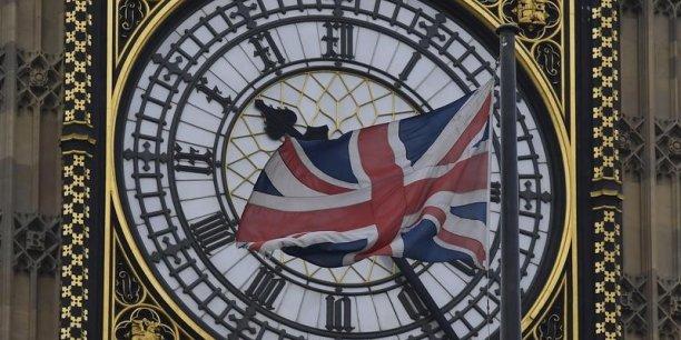 Le gouvernement a intenté un recours contre une décision de justice rendue en novembre qui avait tranché en faveur de l'approbation préalable du Parlement.