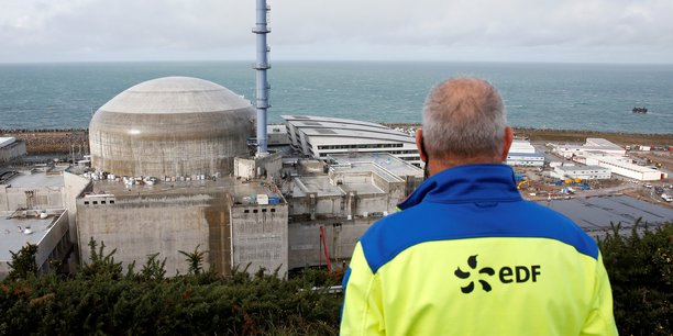 Le cabinet s'est appuyé sur plusieurs rapports de la Cour des Comptes pour estimer les dépenses futures, en retenant également l'hypothèse de la fermeture de 17 réacteurs pour respecter l'un des objectifs de la loi sur la transition énergétique.