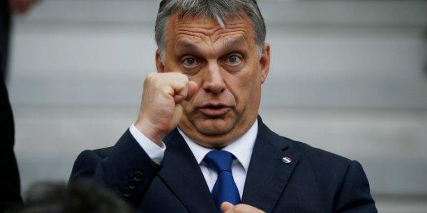 La politique menée par Viktor Orban, le Premier ministre hongrois est-elle compatible avec les valeurs olympiques ? Le Comité international olympique (CIO) devra trancher.