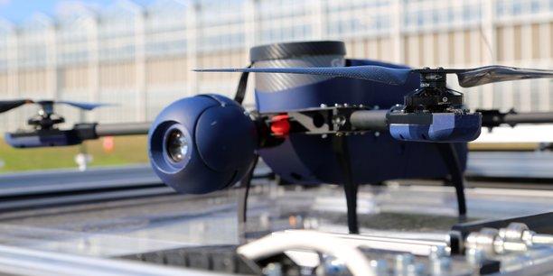 En marge des solutions de drones de surveillance (ici le drone Ypax de Skeyetech) qu'elle commercialise, la société DPS se lance aussi dans la formation de télé-pilotes.