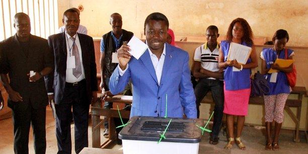 Le gouvernement togolais et Faure Gnassingbé qui n'ont jamais déclaré leurs avoirs depuis 2005, sont en sérieuse violation de la constitution, a expliqué le président de l'ADDI, le professeur Aimé Gogué.