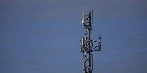 Sur un an, le nombre de cartes SIM en circulation en France, hors objets connectés, a augmenté de 1,9 million d'unités au premier trimestre, soit une hausse de 2,6%, pour atteindre un total de 75 millions de cartes, et un taux de pénétration de 111,9%, a précisé l'Autorité de régulation des télécoms (Arcep).
