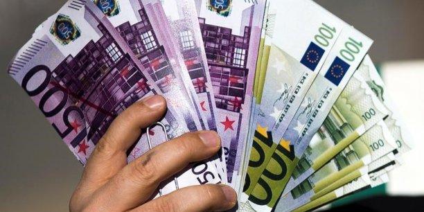 Les banques sont en fin de phase de reconstitution de leur capacité financière et devraient pouvoir augmenter leur distribution à l'avenir, souligne par ailleurs Vernimmen.net.