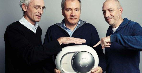 Quentin Sannié, Pierre-Emmanuel Calmel et Emmanuel Nardin, les cofondateurs de Devialet avec leur enceinte sans fil haut de gamme Phantom vendue à partir de 1.690 euros.